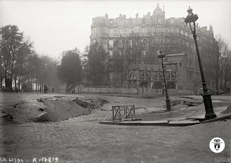 L'affaissement de la place de l'Alma (Paris XVI), 8 novembre 1915