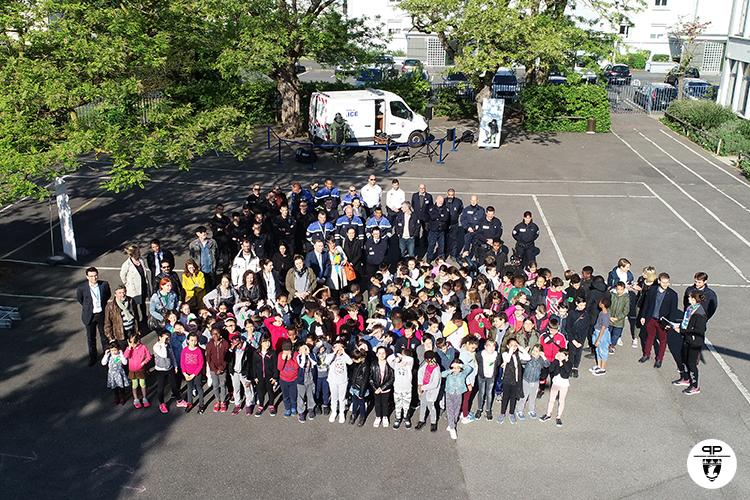 Rencontre des policiers et pompiers avec les élèves de Maisons-Alfort