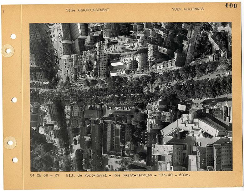 Vue-aérienne-Boulevard-de-Port-Royal-Rue-Saint-Jacques-1er-mai-1968