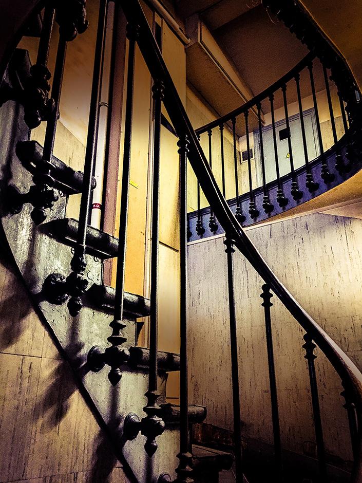 tirage_escalier_pj